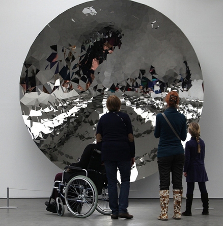 Anish Kapoor Mirror Sculpture